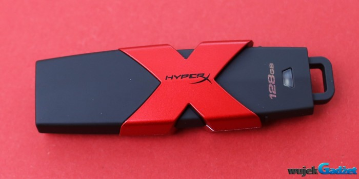 Hyperx_Savage_128GB_3