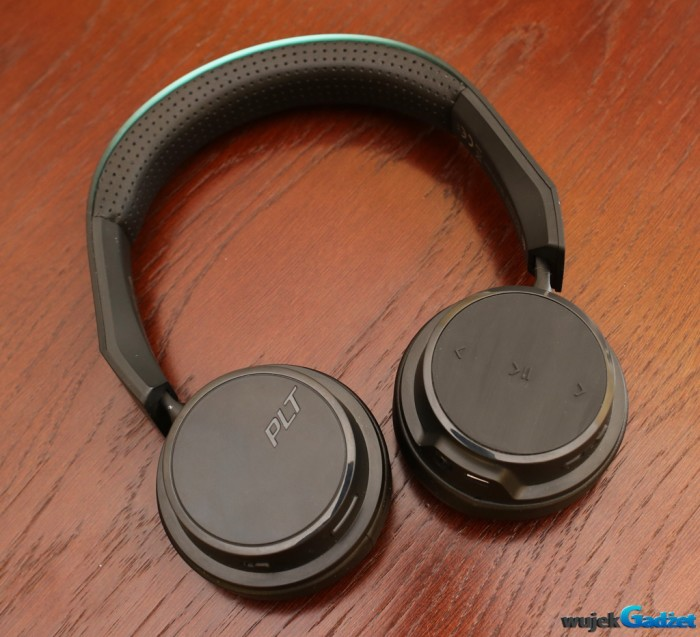 Plantronics_BacBeat_Fit_500_7