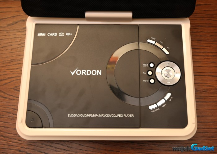 Vordon_portable_dvd_10