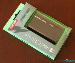 Bateria w telefonie trzyma za krótko? Maxell Storm 7800 pomoże – test niedrogiego power banku