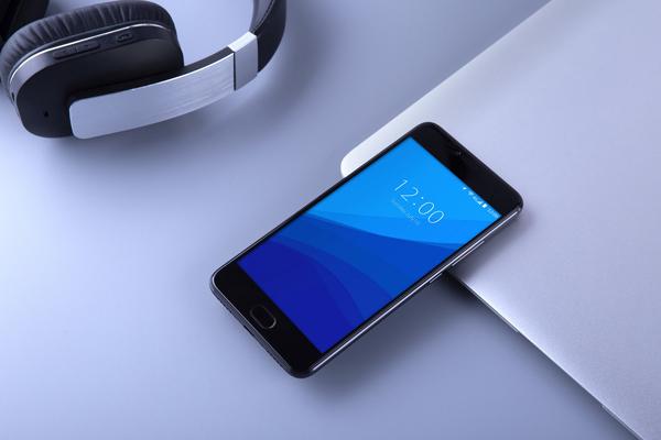 UMIDIGI Z Pro – fotograficzny smartfon z trzema 13-megapikselowymi aparatami