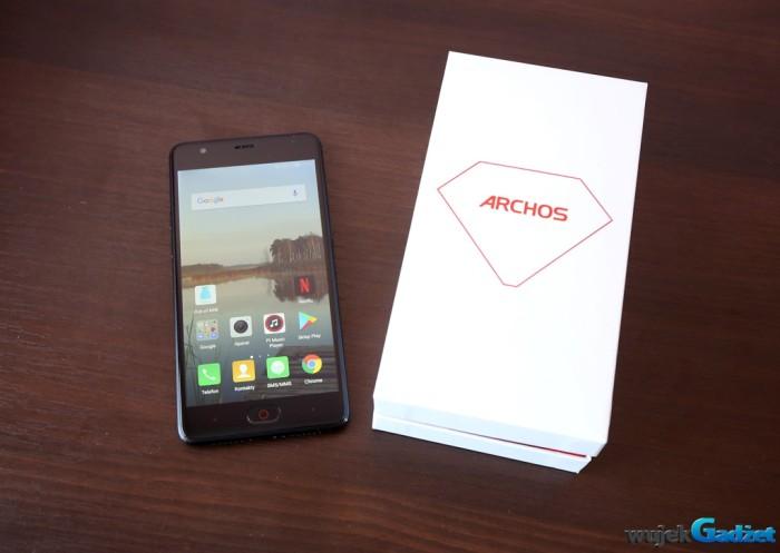 Archos Diamond Gamma – nowy smartfon ze średniej półki
